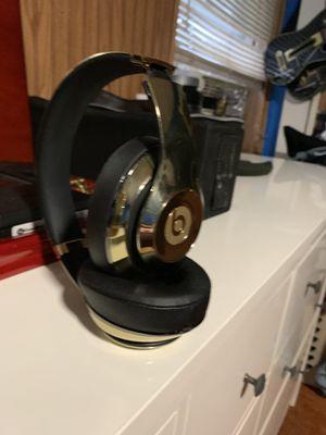 Yellow Gold Beats Studio II Wireless for Sale in Philadelphia, PA