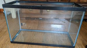 30 gallon fish aquarium no leaks for Sale in Hartford, CT