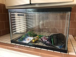 10 Gallon Fish Tank for Sale in San Diego, CA
