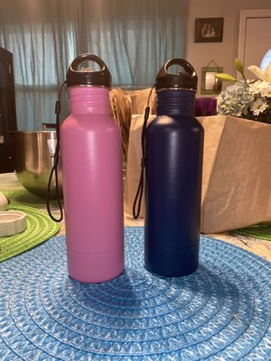BottleKeeper insulated metal sleeve for 12oz bottles 2 for $40 for Sale in Tampa, FL