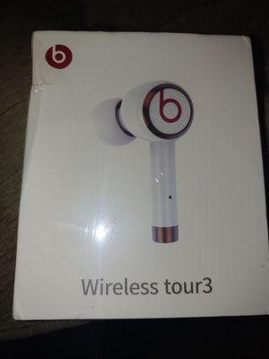 Beats by Dre Wireless tour3 headphones (white) for Sale in Buena Park, CA