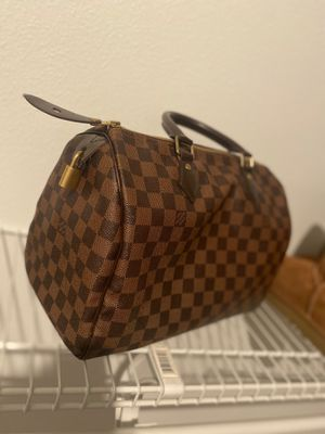 LOUIS VUITTON SPEEDY HAND BAG for Sale in Vancouver, WA