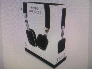Harman kardon soho Bluetooth headphones new sealed for Sale in Littleton, CO