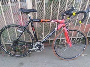 GMC denali road bike for Sale in Los Angeles, CA