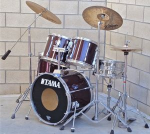 PRICE IS FIRM Used Old Tama Rockstar DX Purple Drum Set with Zildjian Cymbals and Hardware and pedal for Sale in La Puente, CA