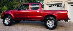 CLEAN TITLE TOYOTA TACOMA 2001 SELL! for Sale in Hoboken, NY