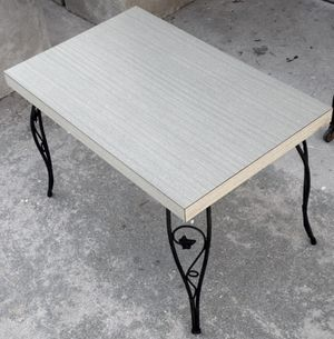 Mid Century Modern Formica topped end table for Sale in Cape Coral, FL