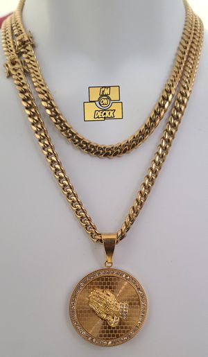 For both 🚨🚨🚨 14k Gold plated Cuban link Chain 🚨🚨🚨 I Deliver for Sale in Miami, FL