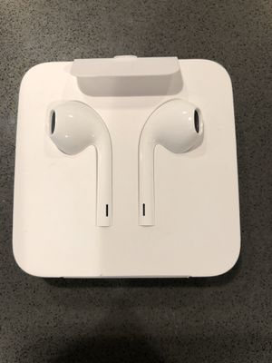 New Apple headphones for Sale in Rancho Cucamonga, CA