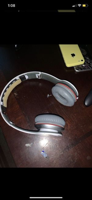Beats solo Hd headphones for Sale in Orlando, FL