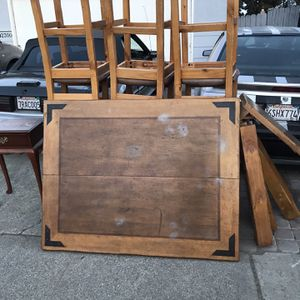 Free Table Solid wood for Sale in Suisun City, CA