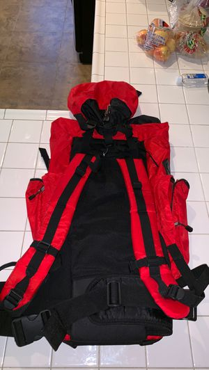 RED TRAVEL BACKPACK/LUGGAGE for Sale in Las Vegas, NV