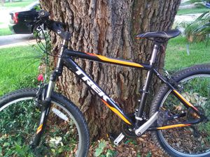 """*****Very Clean Trek 3500 mountain bike 18"""" 26wheels***** for Sale in Houston, TX"""
