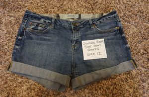 Women's Jeans, Shorts and Capris Size 11/12 for Sale in Fuquay-Varina, NC