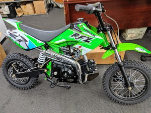 110cc Apollo RFZ Kid's Dirt Bike for Sale in Woodstock, GA