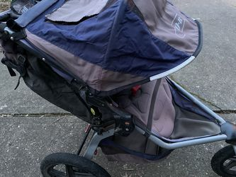 2nd Generation BOB Revolution Jogging Stroller - B.O.B. Sports Edition for Sale in Vancouver,  WA