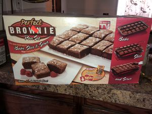 Bakeware/Items for Sale in Von Ormy, TX