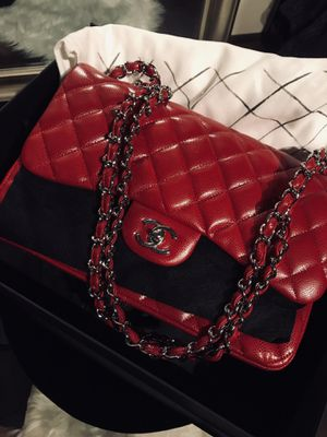 Chanel Authentic Jumbo Red Caviar Silver for Sale in San Francisco, CA