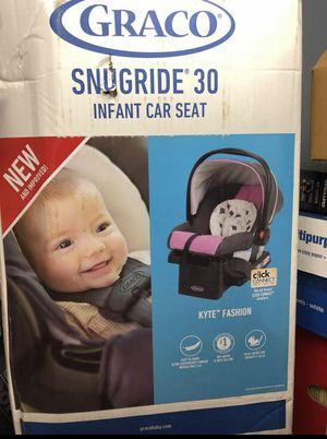 Graco infants car seat for Sale in Boston, MA