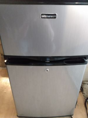 Mini Fridge for Sale in Wichita, KS
