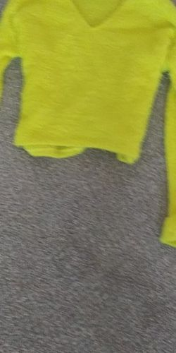 Cute Yellow Crop Top for Sale in Kuna,  ID