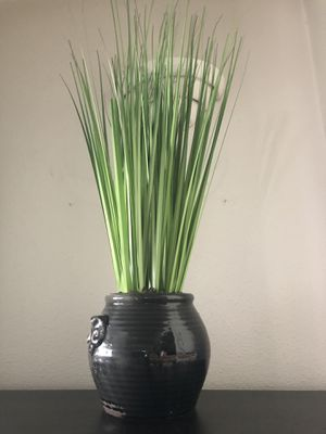 Large Feaux Plant Planter for Sale in Los Angeles, CA