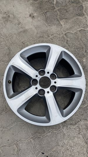 "BMW E46 323 325 328 330 OEM Factory 5 Star Spoke wheel 17"" X 7 for Sale in National City, CA"