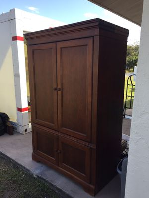 Armoire/ Entertainment Center. for Sale in Venice, FL