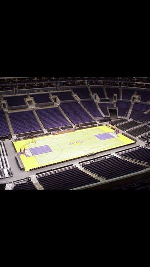 Lakers vs Portland Tonight @ 6:30 for Sale in Rancho Cucamonga, CA