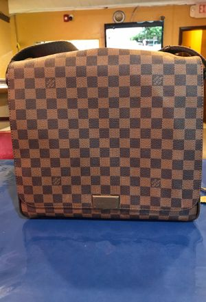 Louis Vuitton Messenger District Mm Damier Ebene Brown Canas Shoulder Bag for Sale in NORTH PENN, PA