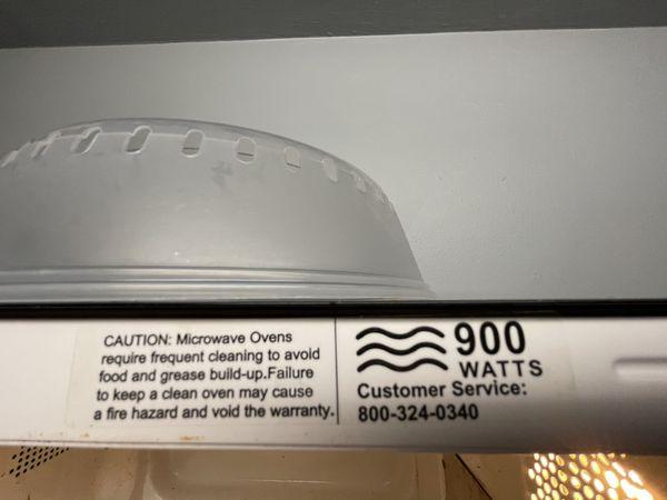 Sunbeam 900 Watt Microwave