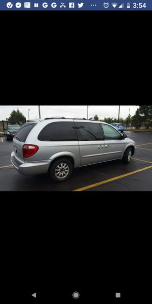 2003, Town and Country Minivan for Sale in Chicago, IL
