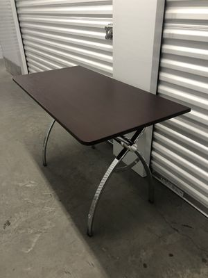 Office table/ Computer desk 47x23. H30 for Sale in Las Vegas, NV