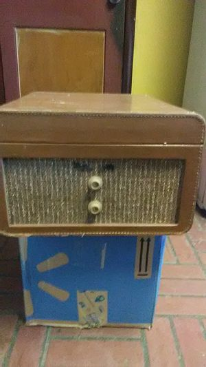 Antique Record Player! for Sale in Hagerstown, MD