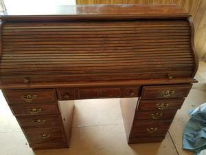 Small roll top desk for Sale in Lynnwood, WA