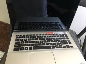 Toshiba laptop 2 in 1 for Sale in Bakersfield, CA