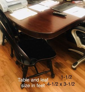 Solid Oak Wood Table w 4 Chairs for Sale in Atlanta, GA
