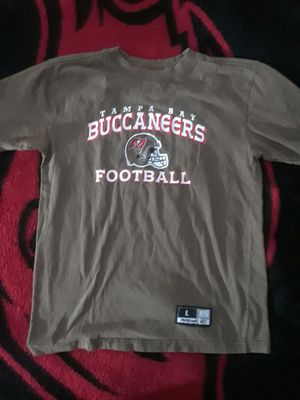 YOUTH TAMPA BAY BUCCANEERS T-SHIRT for Sale in Port Charlotte, FL