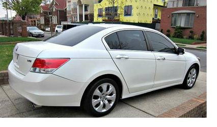Very Nice 2010 Honda Accord FWDWheels for Sale in Seattle,  WA