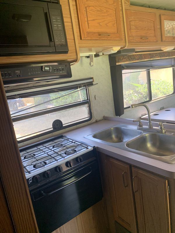 1994 RV MUST SELL