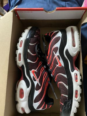 Nike Air Max Plus for Sale in Lafayette Hill, PA