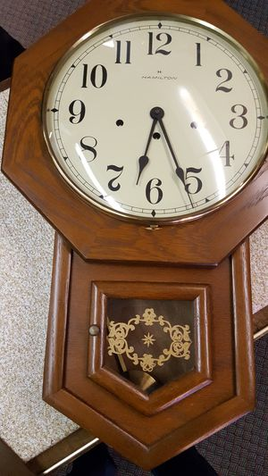 Antique clock for Sale in OH, US