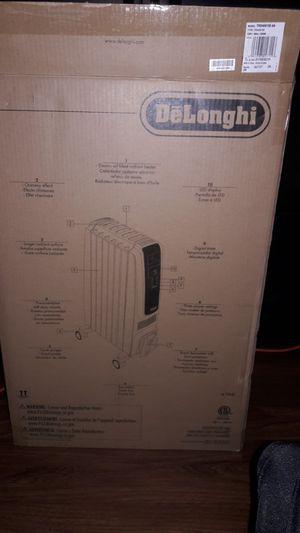 DeLonghi full room radiant heater for Sale in Fremont, CA