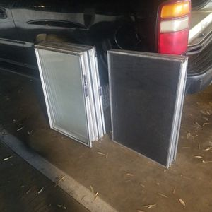 Window Screens With Glass for Sale in Los Angeles, CA