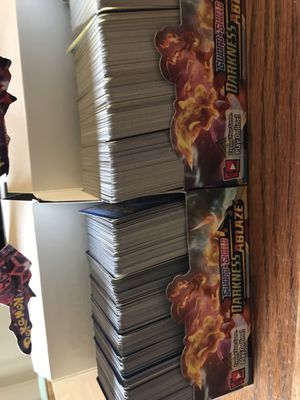 Pokémon darkness ablaze RHA card lot 900 cards includes rares, holos reverse holos mint condition for Sale in Irvine, CA