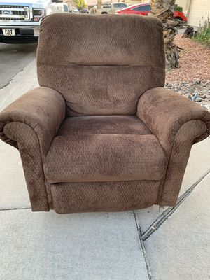 Super cozy recliner sofa couch for Sale in Chandler, AZ