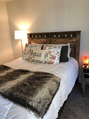 Bed & Dresser! for Sale in Atlanta, GA