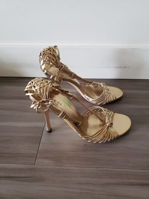Gucci heels gold strap 7.5 for Sale in Seattle, WA