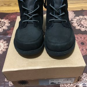 Ugg's Boots for Sale in Queens, NY