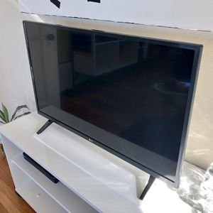 "LG 32"" Class LED HD TV for Sale in Daly City, CA"